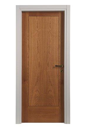 Porte interne in legno Verona, Mantova. Produzione e installazione